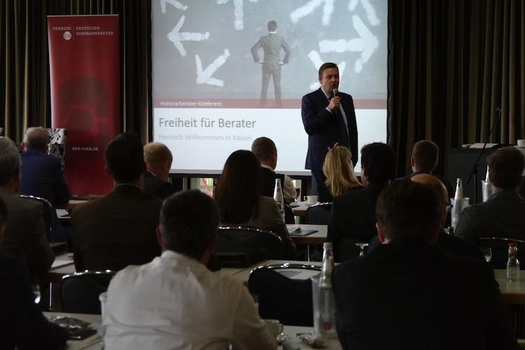 Honorarberater-Konferenz: IFH lädt nach Kassel