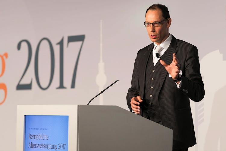 Lars-Golatka-Kopie in Zurich treibt Lösungsmodelle zur bAV-Reform voran