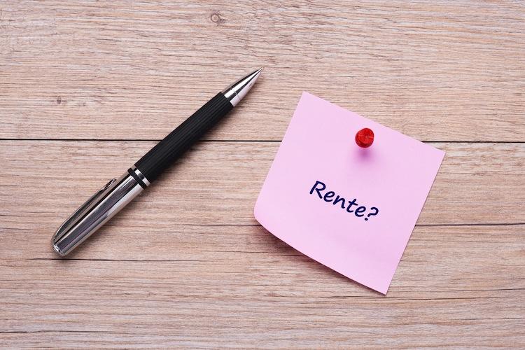 Shutterstock 582599626 in Rentenbeitrag sinkt auf 18,6 Prozent