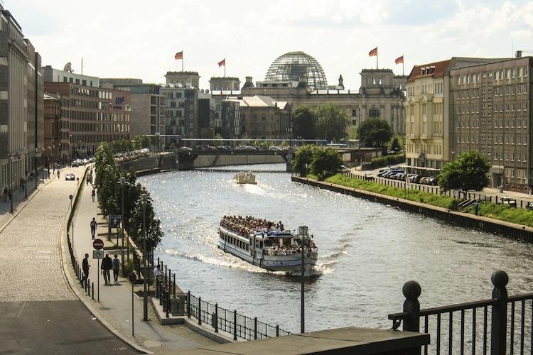 In Berlin sollen die Sonderungsgespräche zwischen Union, FDP und GRünen in dieser Woche zu Ende gehen.
