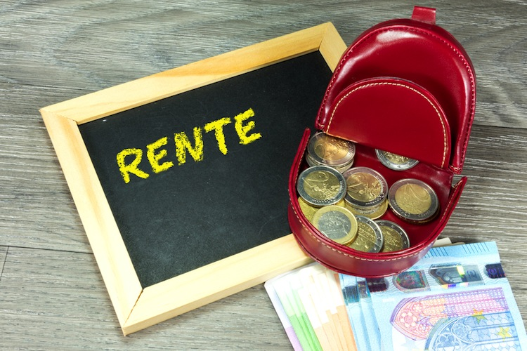 Shutterstock 661055170 in Zukunft der Rente: Wirtschaftsverbände kritisieren Pläne