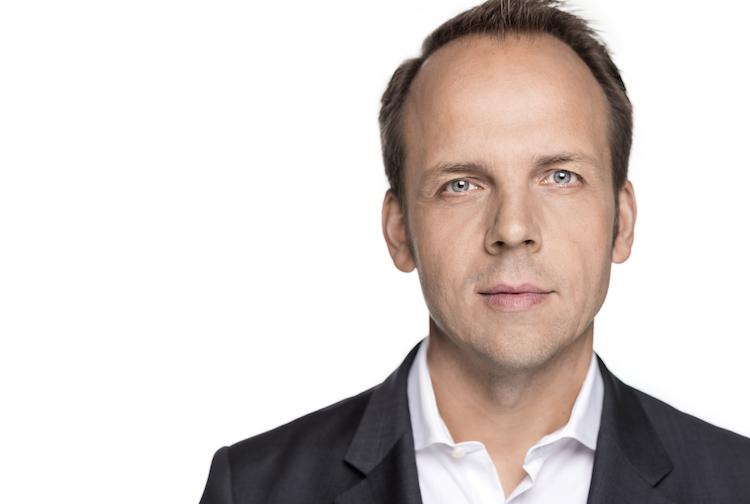 MarkusPertlwieser Casual Front Highres-Kopie in Robin verwaltet Portfolios für Kleinanleger