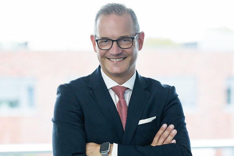 Stefan-Lammerding DrPeters in Dr. Peters stärkt KVG-Führung mit Ex-Commerzbank-Manager