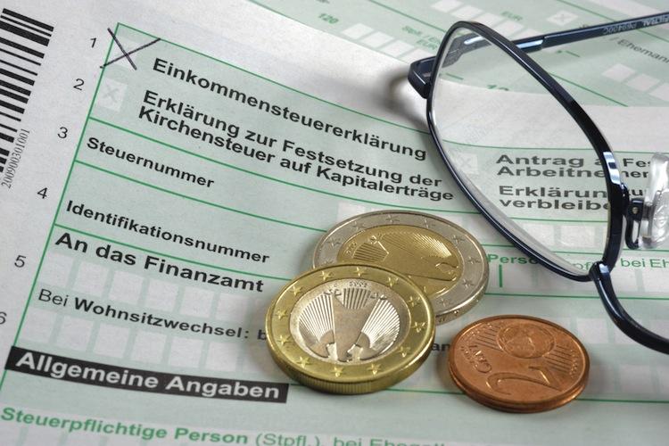 Rentenplus: Mehr als 50.000 Rentner werden 2018 steuerpflichtig