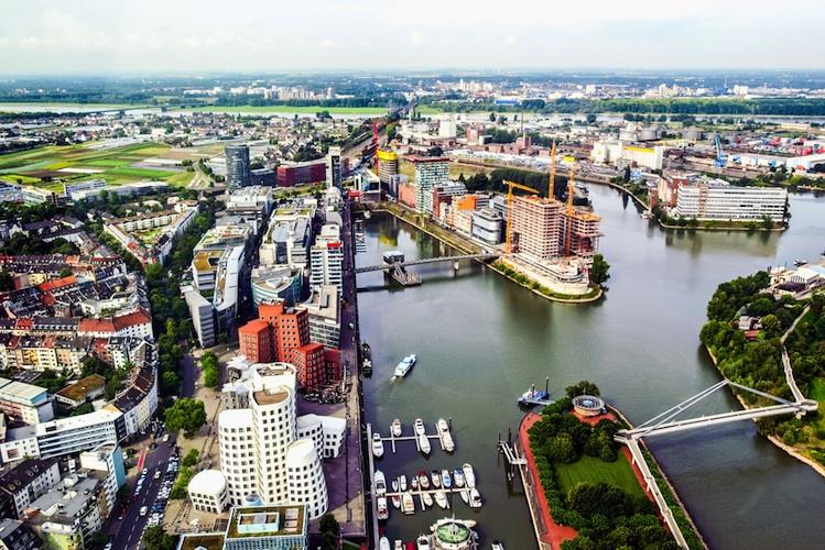 Duesseldorf Shutterstock 477603460 in Wohnimmobilienmarkt Düsseldorf: Hohe Nachfrage, zu geringes Angebot