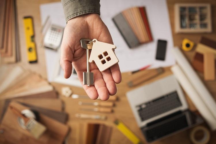Haus-umbau-shutt 267766277 in Mehrwertsteuersenkung: Beim Hausbau entscheidet der Abnahmezeitpunkt