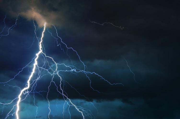 Shutterstock 267462152 in Stürme & Co: Versicherer stehen für Schäden von zwei Milliarden Euro ein