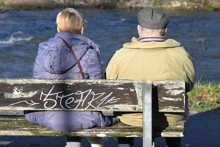 98599269 in Reserve der Rentenkasse entgegen Prognosen gestiegen