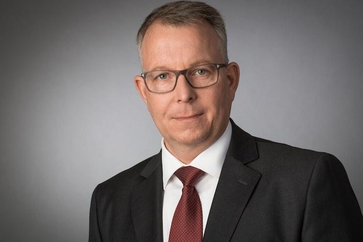 Frank-Ulbricht-BfV-BCA in BCA startet Service-Offensive in der Anlageberatung