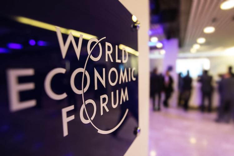 Davos-world-economic-forum-Weltwirtschaftsforum-shutterstock 563134312 in Davos: Finanzmanager erwarten nächste Krise
