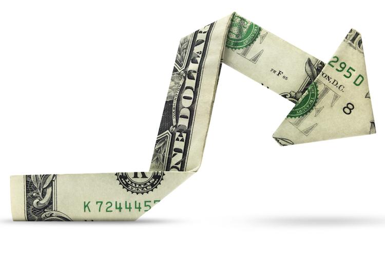 US-dollar-markt-crash-boerse-sturz-kurssturz-shutterstock 675652909 in Kurssturz in den USA: Ende der Totenstille