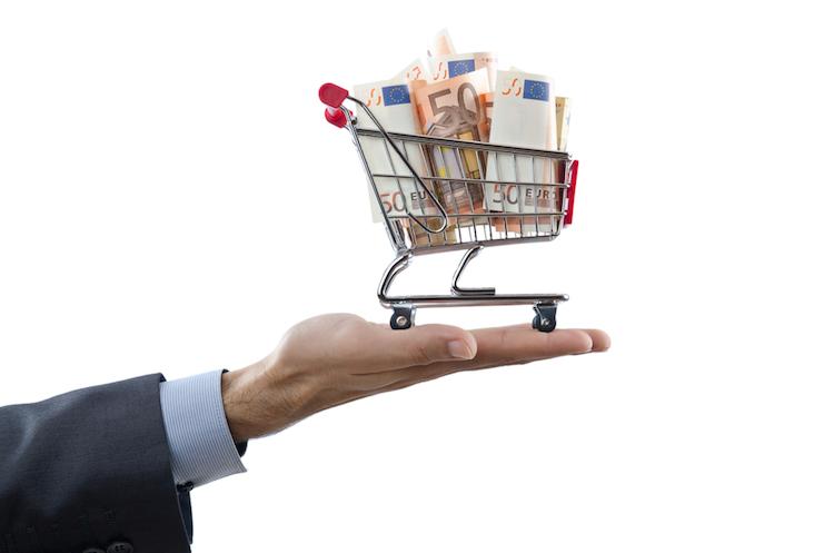 Einkaufswagen-euro-geld-kaufen-investieren-shutterstock 93925429 in Private Equity: Neue Fonds ohne Erfolg