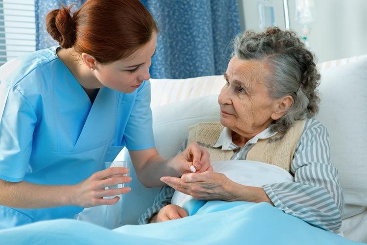 Shutterstock 75178384 in Personalmangel in der Pflege: Volksbegehren und Bundesratsinitiative