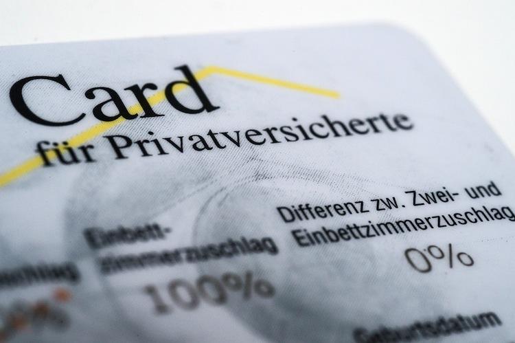 Privatversicherte haben das Recht, jederzeit in andere Tarife ihrer Versicherungsgesellschaft zu wechseln.