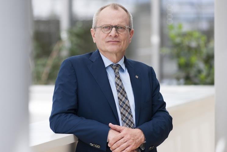 Ulrich Lilie Copyright Diakonie Thomas Meyer 160711tm 64 in Diakonie fordert Regierung zu grundlegender Pflegereform auf