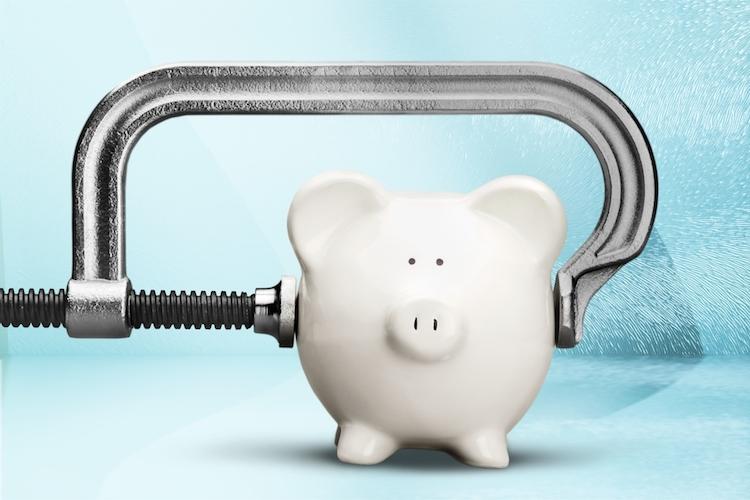 Sparschwein-sparen-inflation-druck-anleger-shutterstock 391241791 in Inflationsrate erreicht Ziel der EZB