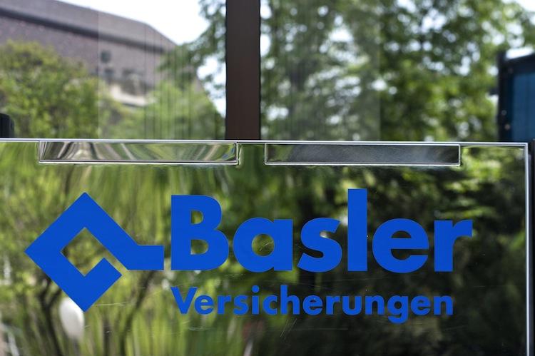 94078514 in Basler: Neue BU-Option und Abschluss der Kinderpolice ohne Eltern-Unterschrift in einem