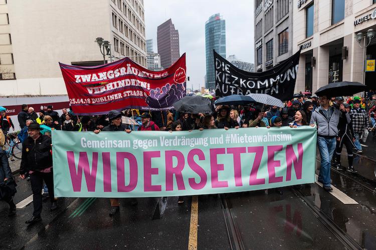 Mehr als 10.000 protestieren in Berlin gegen steigende Mieten
