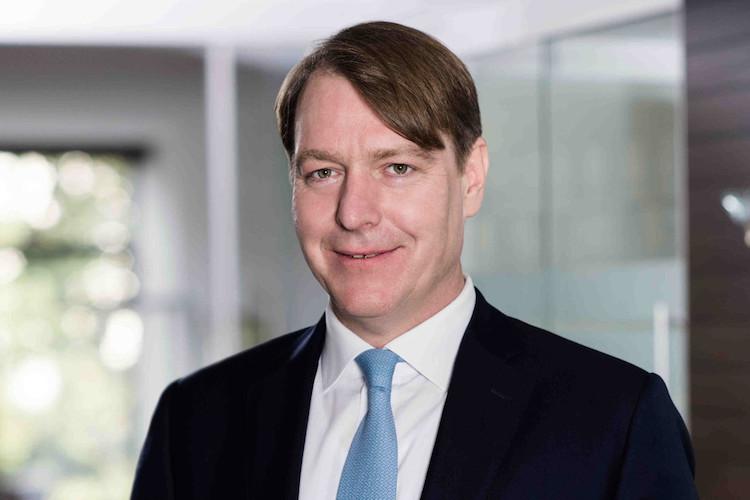 Paribus Dr Simmering Volker in Paribus verkauft Lokomotiven-Werkstatt