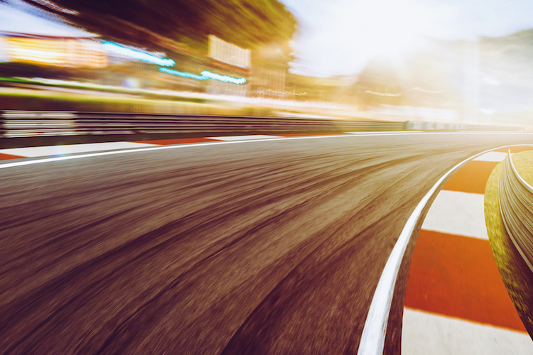 Rennen-race-ETFs-gebuehren-performance-schnell-shutterstock 563321110 in ETF: Was passiert, wenn alle gleichzeitig verkaufen?