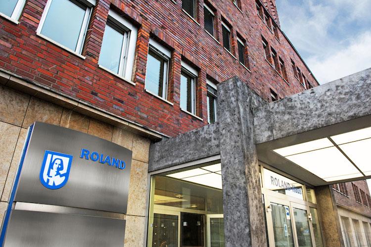 Roland-hauptgebaeude in Roland bringt neues Rechtsschutz-Produkt