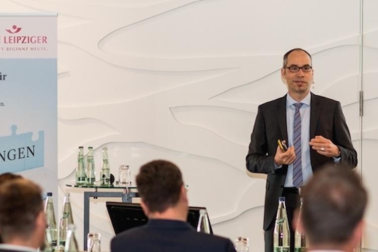 AL-1 in Alte Leipziger informiert auf bAV-Kongress über neue Betriebsrente