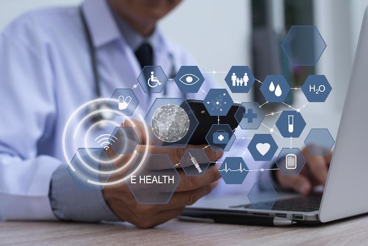 Shutterstock 760352893-1 in DKV erweitert Gesundheits-App um telemedizinischen Service