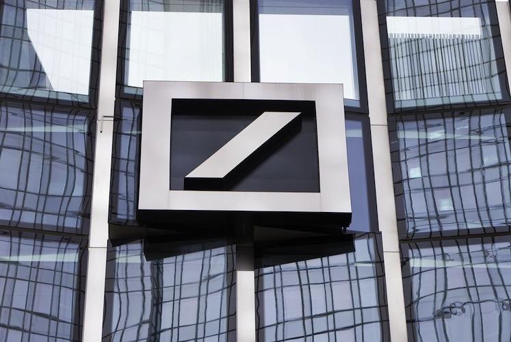104664565 in Deutsche Bank hat bereits 1.000 Stellen abgebaut