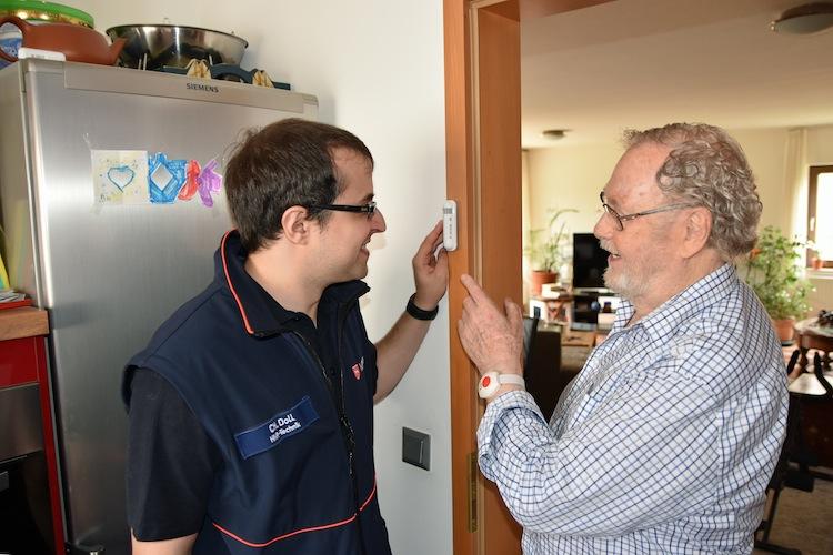 Malteser Care RV in Digitalisierung: R+V testet Smart-Home und autonomes Fahren