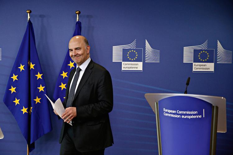 Pierre-Moscovici-EU-Finanzkommissar-Europa-EU-shutterstock 1042002727 in Die griechische Krise ist heute Abend vorbei