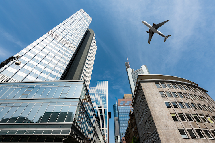 Frankfurt-shutterstock 523559593 in US-Börsen vor Kurseinbruch? PEH-Fonds reagiert drastisch