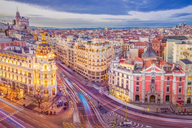 Madrid-spanien-shutt 554453284 in Spanische Staatsanleihen: Drei Gründe machen sie attraktiv