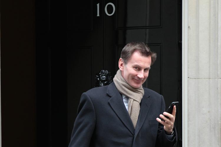 Jeremy-hunt-uk-au Enminister-brexit-gb-shutterstock 606260201 in Gefahr eines Brexits ohne Abkommen