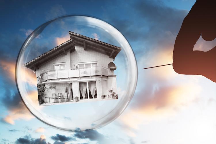 Shutterstock 762121720 in Anzeichen für neue Immobilienpreisblasen