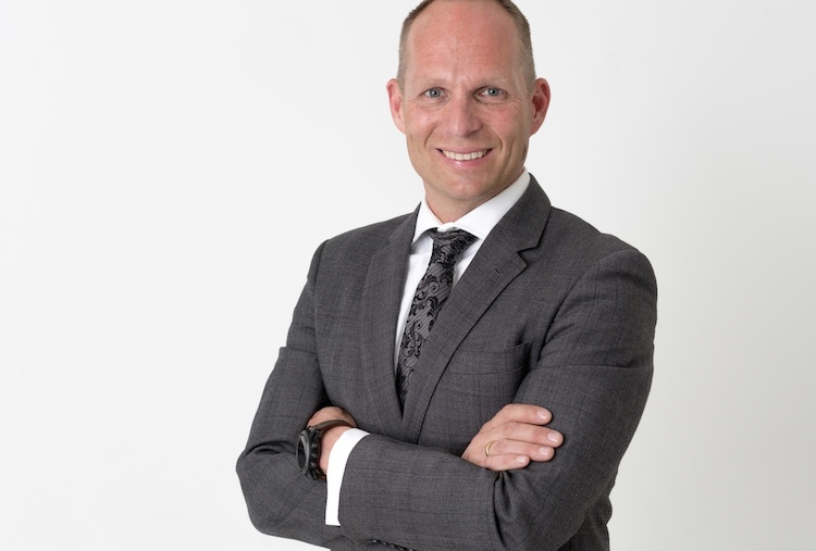 Stephen-Voss-Kopie in Verivox listet Neodigital-Produkte