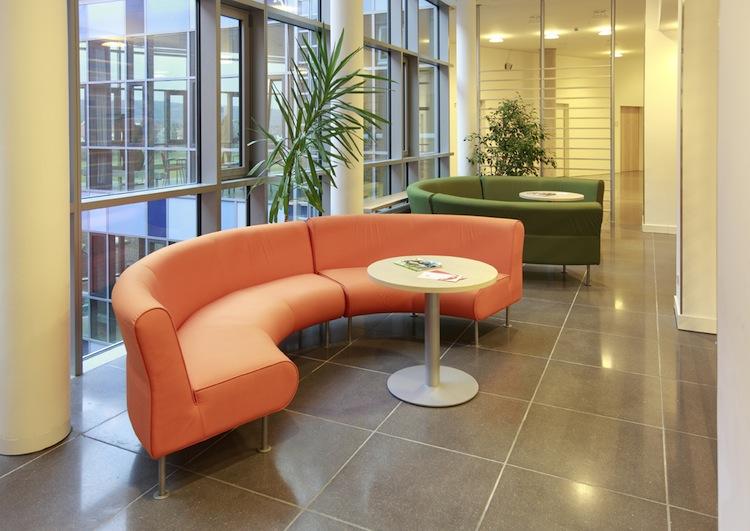 Modernes-wartezimmer in Kassenärztliche Bundesvereinigung: Zu lange Wartezeiten bei Fachärzten