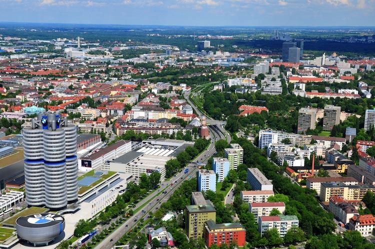 Shutterstock 96505388 in Kfz-Versicherung: Die Bayern zahlen am meisten