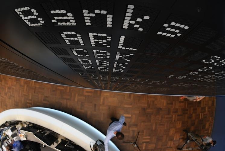 108692175 in Commerzbank fliegt aus dem Dax