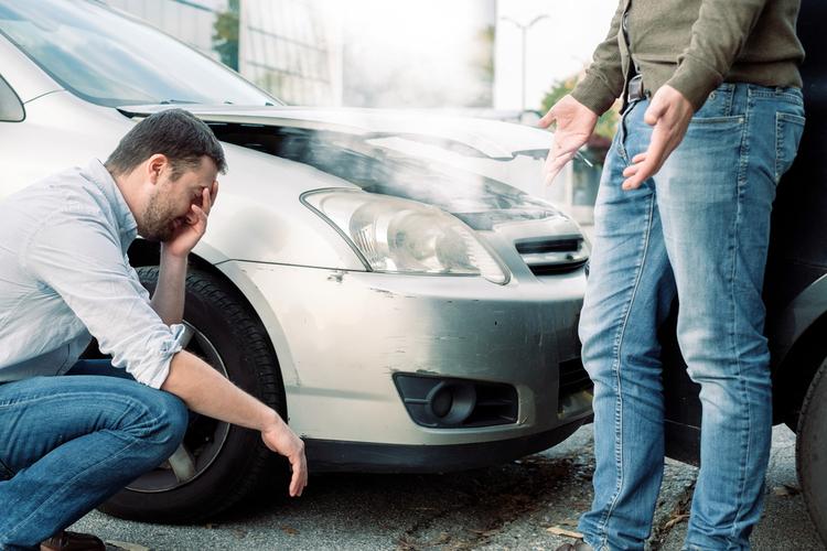 Kfz-Sicherheit: Die größten Gefahrenquellen im Straßenverkehr