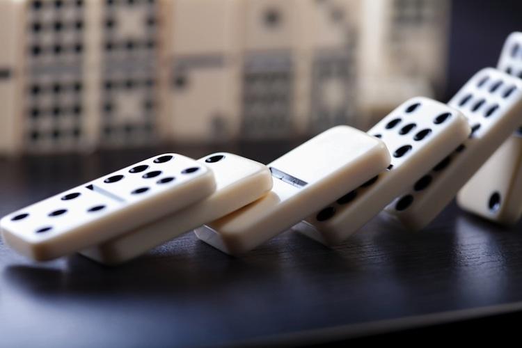Domino-shutt 550760947 in Zehn Jahre Lehman-Pleite: Wie der US-Immobilienmarkt eine weltweite Krise auslöste