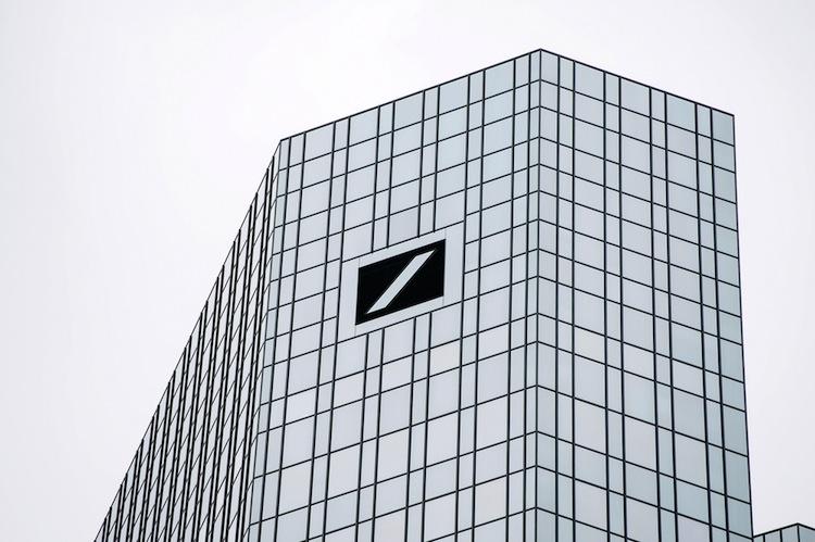 Shutterstock 304668803 in Deutsche Bank soll mehr gegen Geldwäsche unternehmen