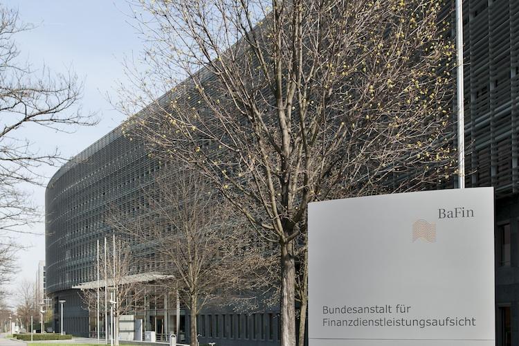 Bafin Gebaeude in BaFin pfeift Immobilienfirma aus Bayern zurück