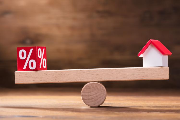 Baufinanzierung: Zinsen stabil auf Tiefständen