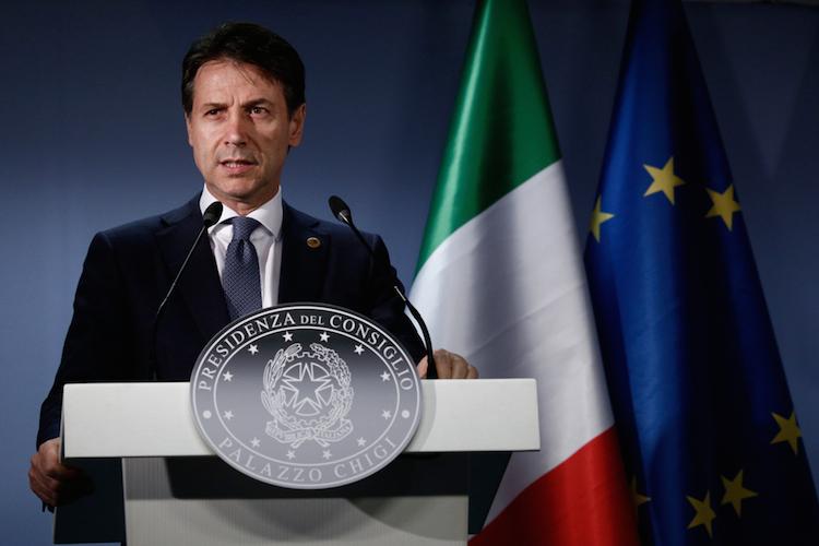 Giuseppe-conte-premierminister-italien-shutterstock 1123371773 in EU-Kommission prüft Haushaltsentwurf aus Rom