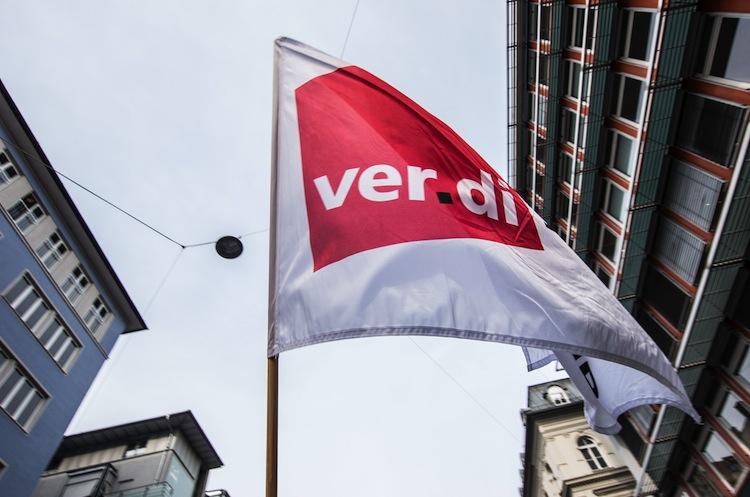 101453380 in Verdi fordert sechs Prozent mehr Geld für Bankbeschäftigte