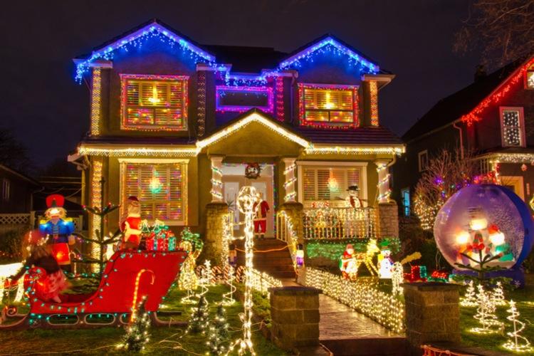 Wenn der Weihnachtsmann an der Hausfassade...
