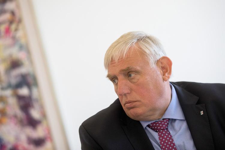 Grundsicherung: CDU-Politiker Laumann fordert Rentenzuschlag