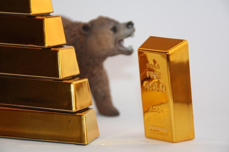 Gold-baer-krise-boerse-markt-shutterstock 389004811 in Angst vor Finanzkrise treibt Goldpreis