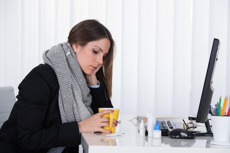 Grippe & Co.: Was bei Krankheit im Job zu beachten ist