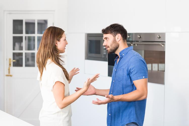 Shutterstock 440907940 in Wer beim Immobilienverkauf mehr streitet und warum